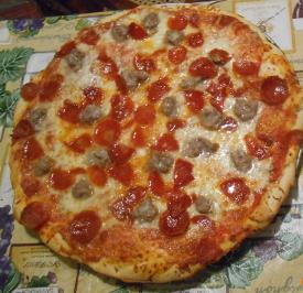 SausagePeppPizza-